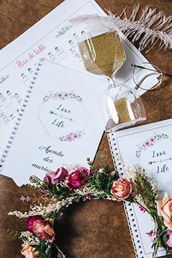 Bureau aurélie wedding planner et sablier