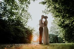 Photos de couple mariage chic et bohème