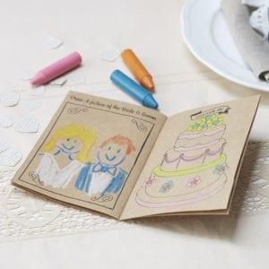 livre de coloriage sur le thème du mariage personnalisable