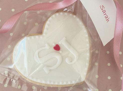 Biscuits personnalisés cadeaux invités mariage