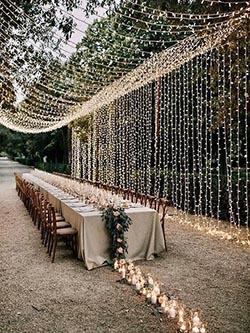 Décoration lumineuse pour un mariage naturel