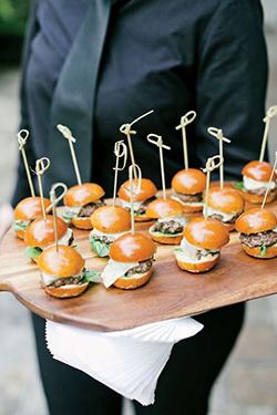 Bar à mini-burger pour mariage