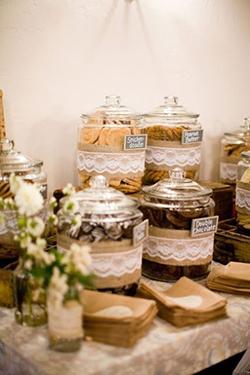 bar à cookies avec jar pour mariage