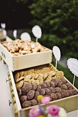 Présentation buffet cookie mariage