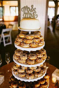 Bar à donuts mariage