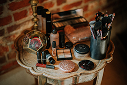 Laura B Hair & Makeup - Lille